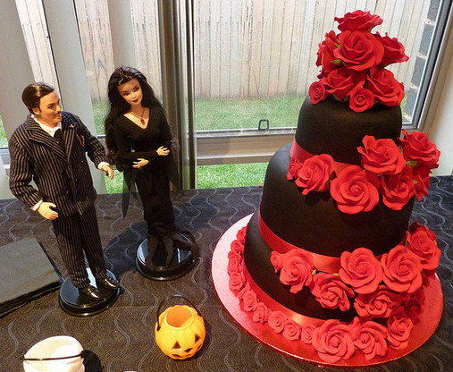 red and black themed wedding cakes wedding cake ideas knot for 19065