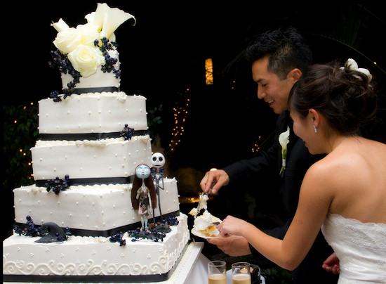 Halloween Wedding Black and White Cake