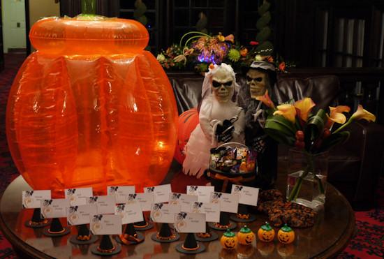 Halloween Wedding Table Decoration