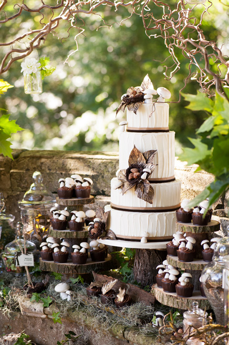 Woodland Wedding Cake and Cupcakes