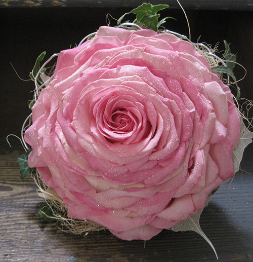 Single Large Rose Bouquet Carmen Rose Knot For Life
