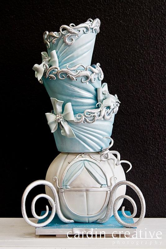 Cinderella Carriage Wedding Cake - Cinderella Wedding Cake Ideas