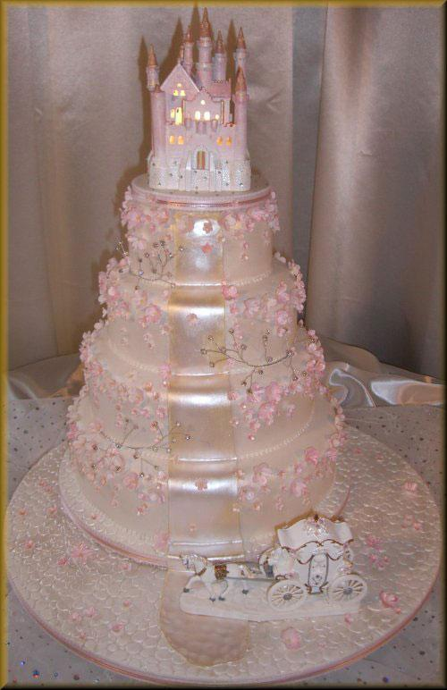Wedding Cake In Cinderella